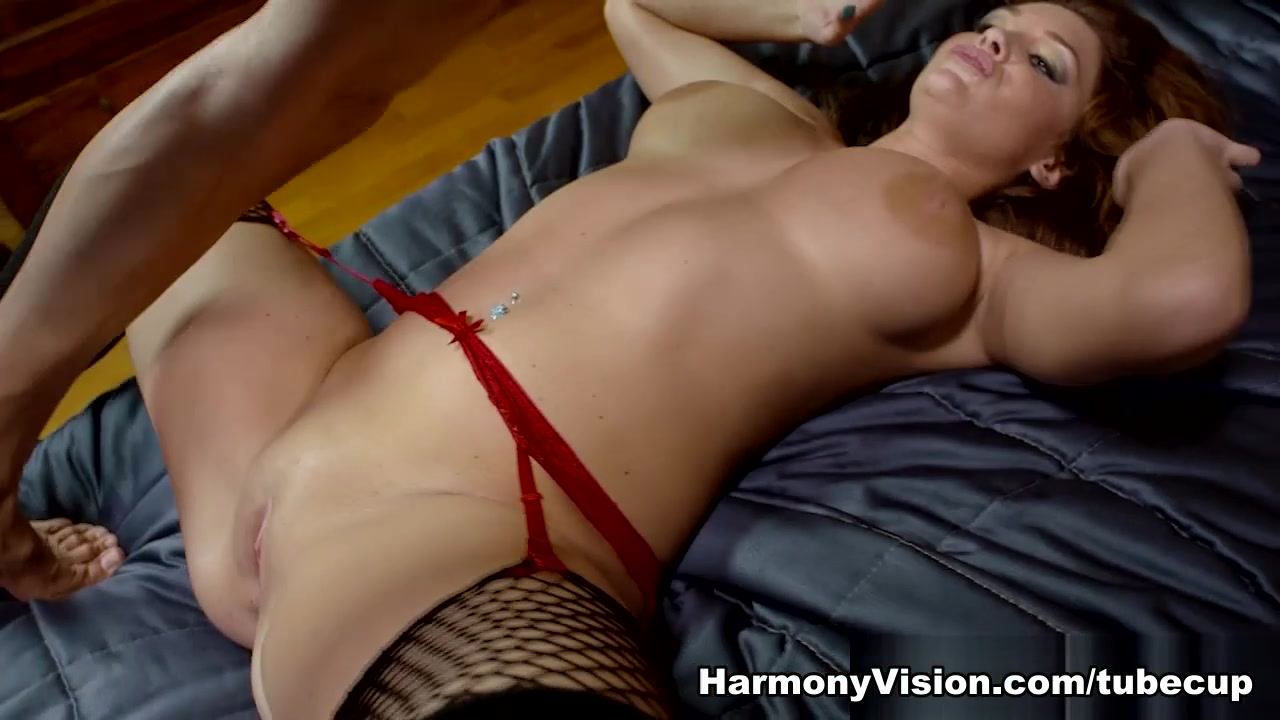 Emma Leigh in Freckles And Fun - HarmonyVision