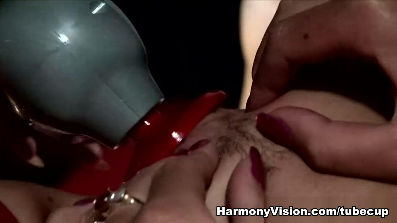 Jasmine Webb & Alexa Andreas in No Holes Barred Threesome - HarmonyVision
