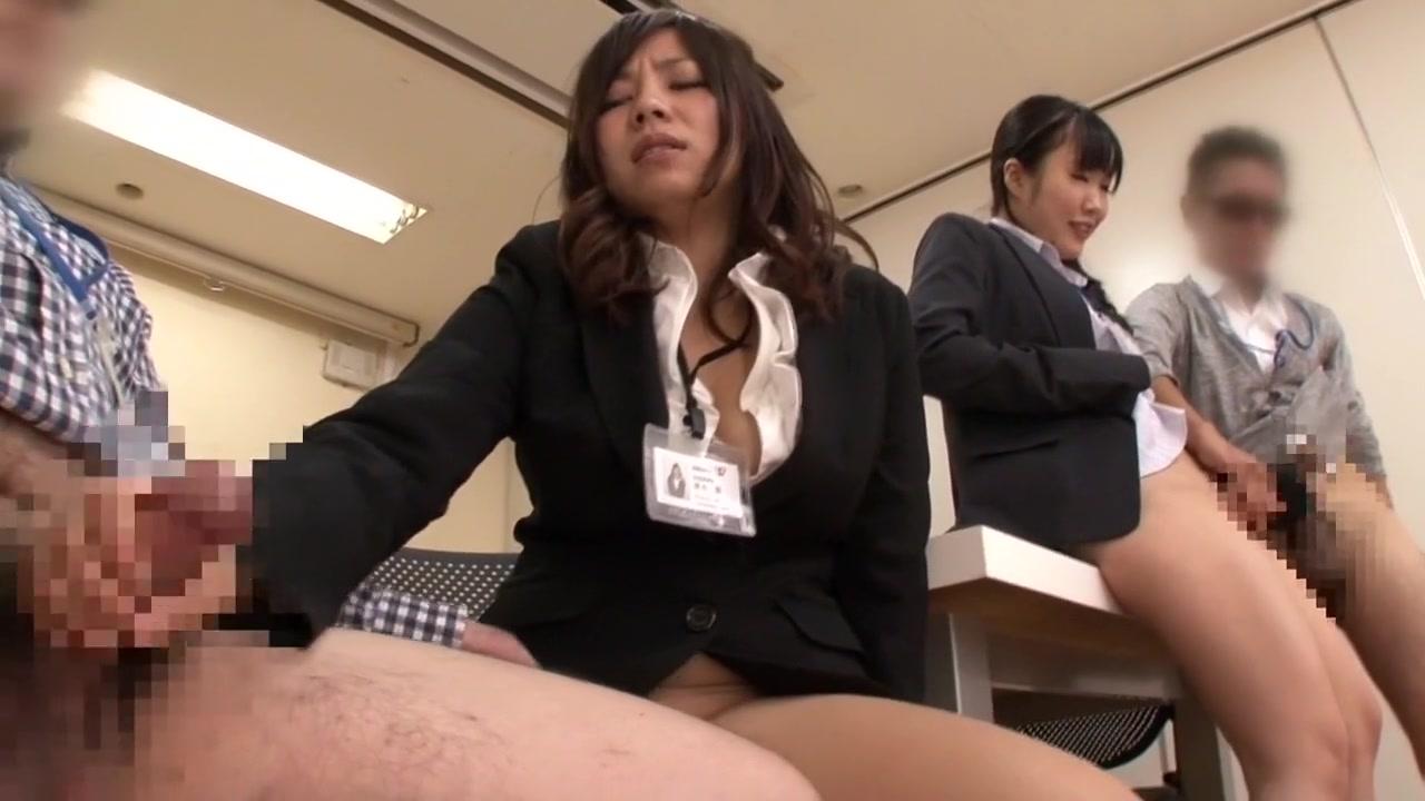 Aya Sakurai, Ririka Misuzu, Suzu Minamoto, Aiko Endo in Embarrassment Exhibition Special part 2.2