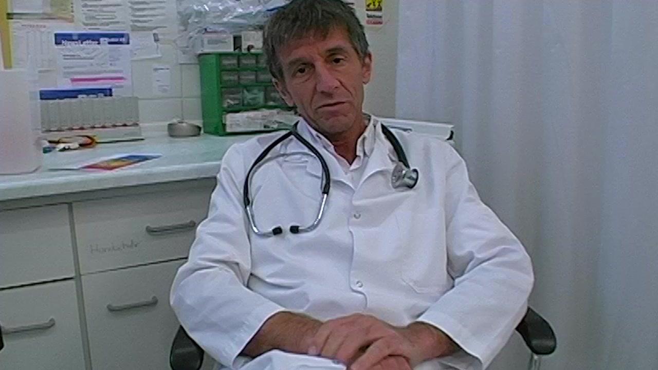Dr. Dirty  Perverse Pinkel Untersuchung mit Arschfick
