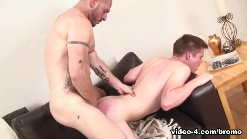 Aitor Crash & Leo Mack in Dads Fuck Lads #4 Scene 4 - Bromo