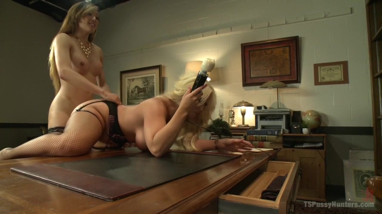 Day dream of ATM and cream-pies for the Bitchy Big Tittied Blonde Boss