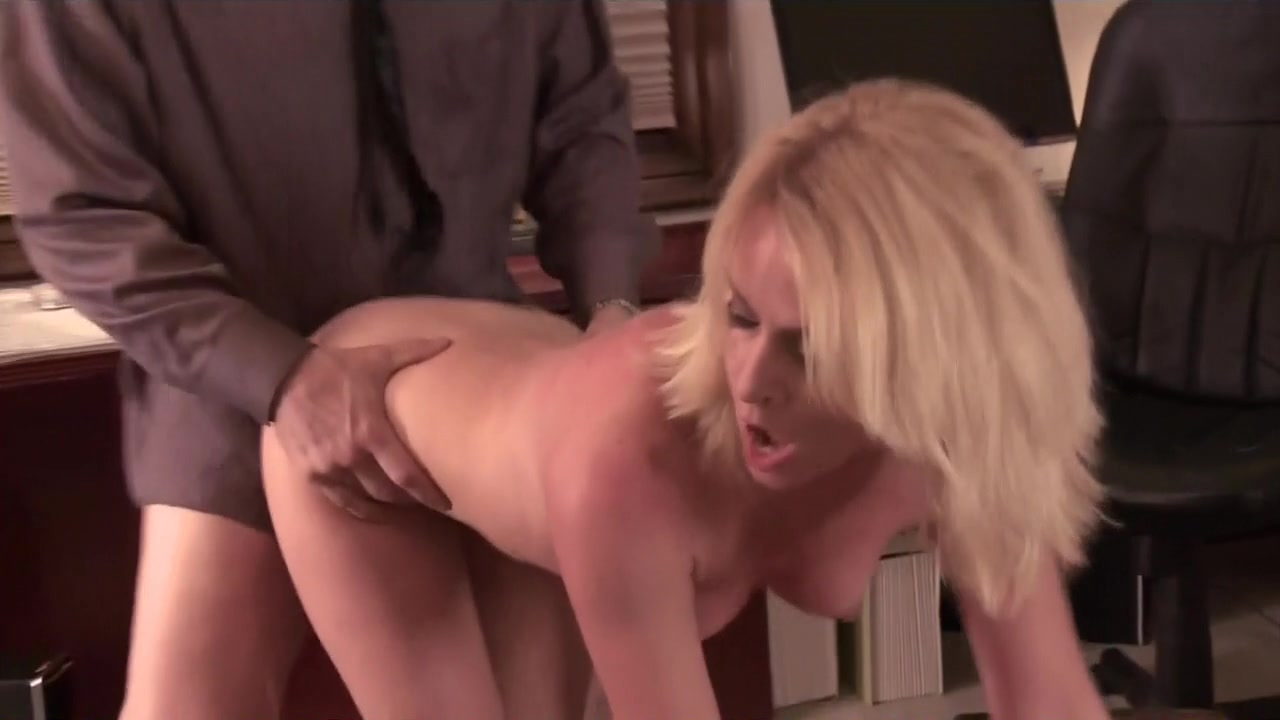 Beverly Lynne - Busty Housewives of Beverly Hills (2012)