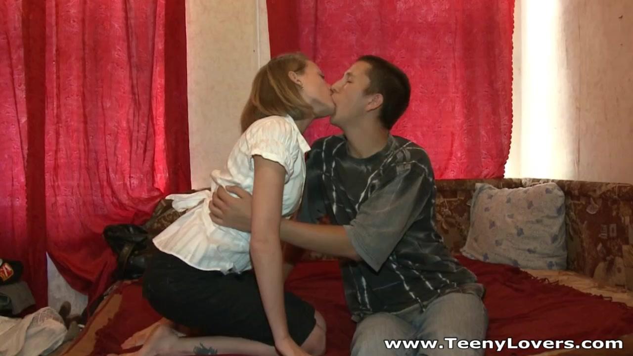 Freshman teeny's sex quest