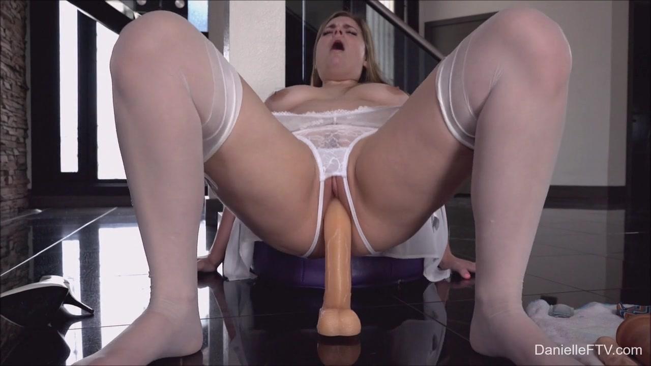 Toy Penetration Alone Video - DanielleFtv