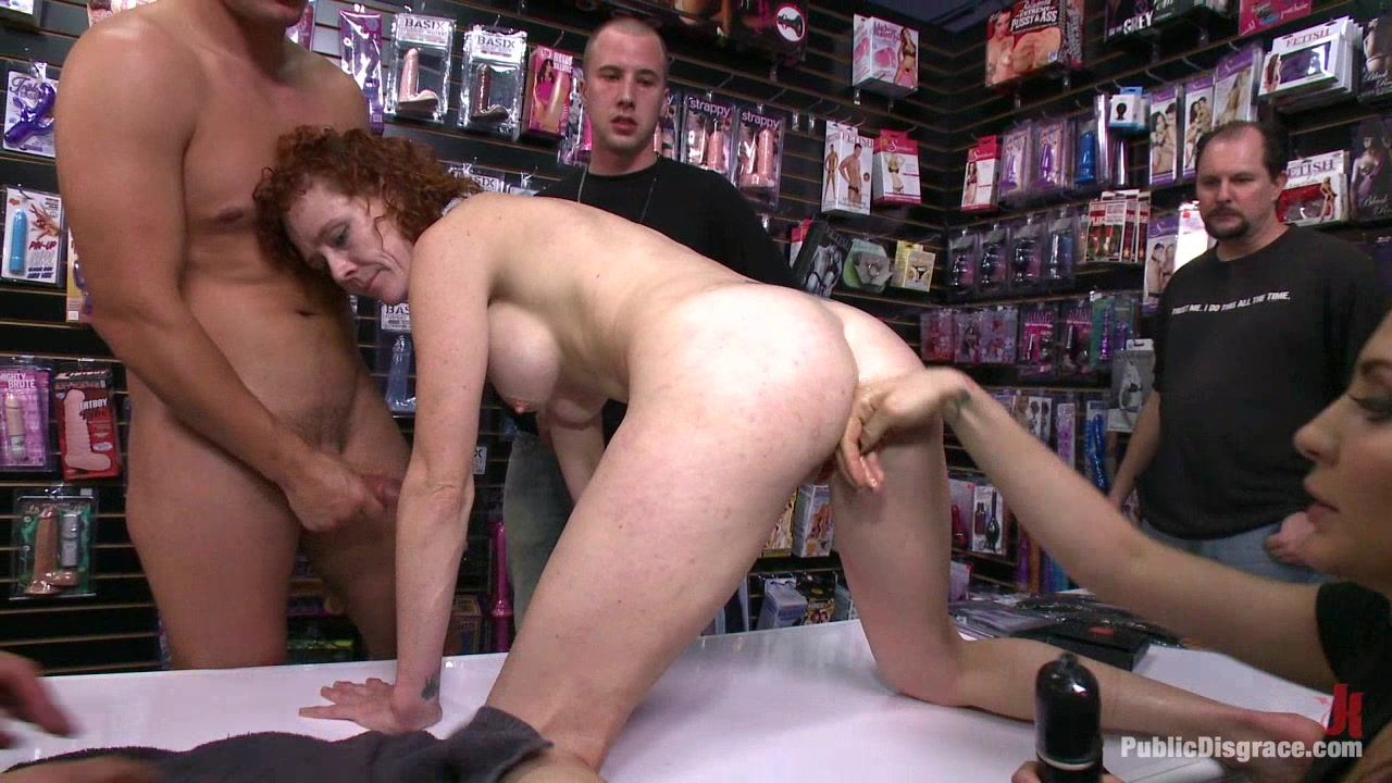 Gaping Asshole Fucked in Public