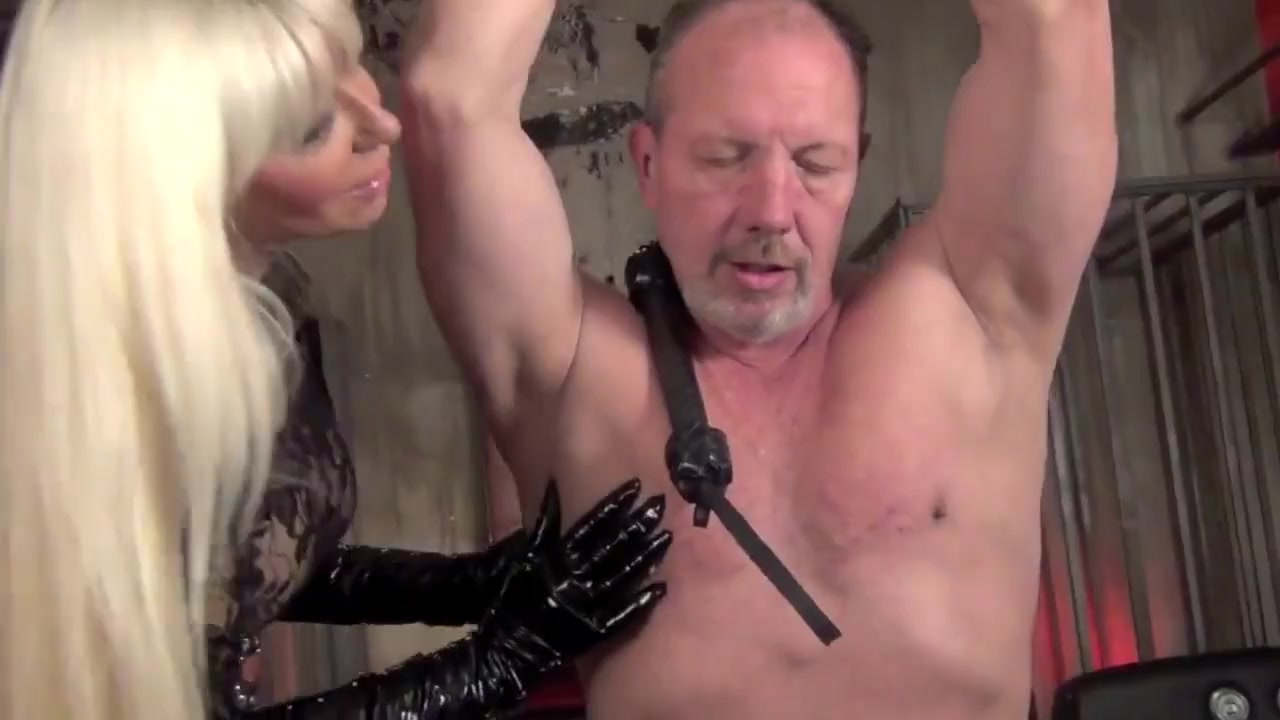Goddess Storm femdom  bdsm  whipping  bondage  leather