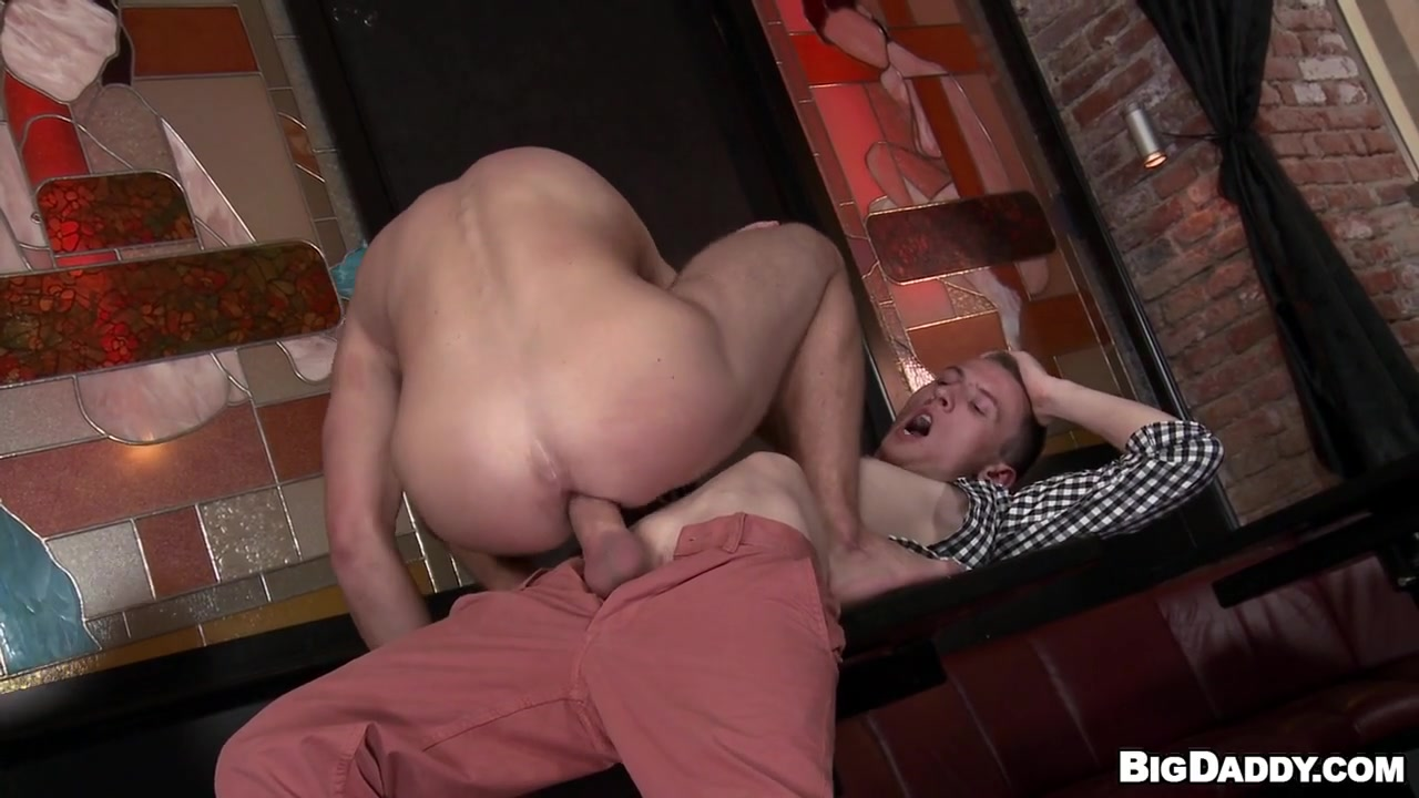 Matty Loves To Have Anal Sex With sexy Men - BigDaddy