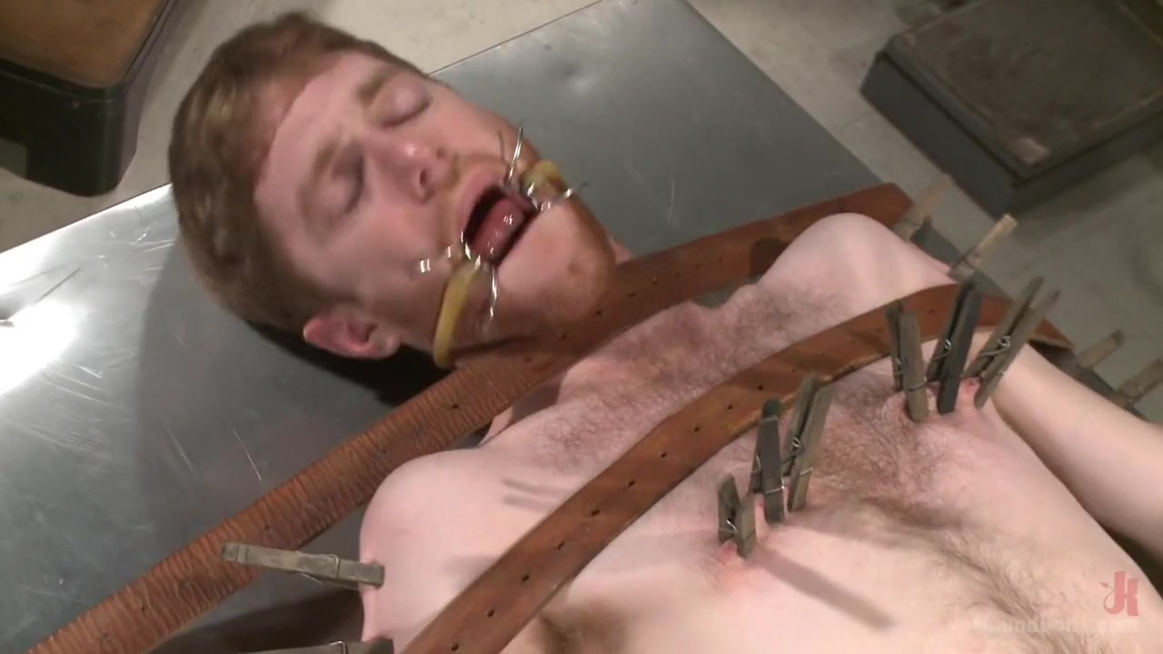 Helplessly bound Seamus O'Reilly fisted on the hospital night shift