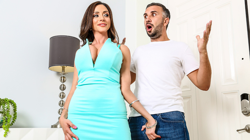 Ariella Ferrera & Keiran Lee in Miss Ferrera Wants It Bad - Brazzers