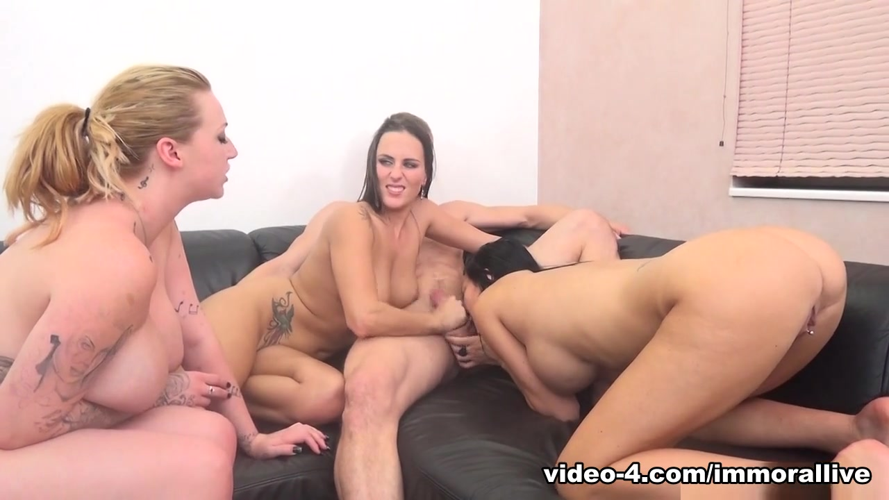Mea Melone & Jasmine Jae & Harmony Reigns & Porno Dan in Trifecta of Sex Goddesses For A Lucky Fan - ImmoralLive