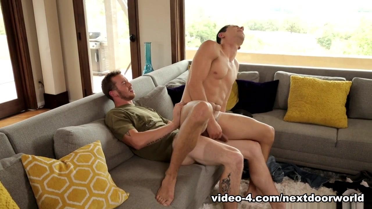 Mark Long & Orlando Fox in Roommate Auditions Part 2 XXX Video - NextdoorWorld