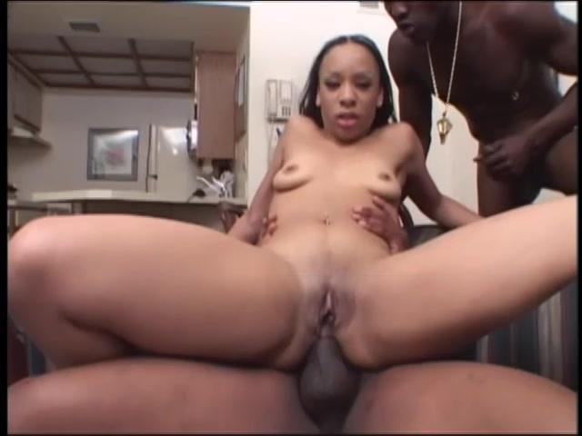 Black Slut Gets Anal Fucked By 2 Cocks