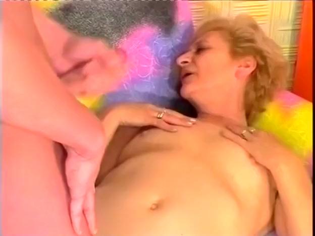 Mature Cock Sucker Enjoying Dick