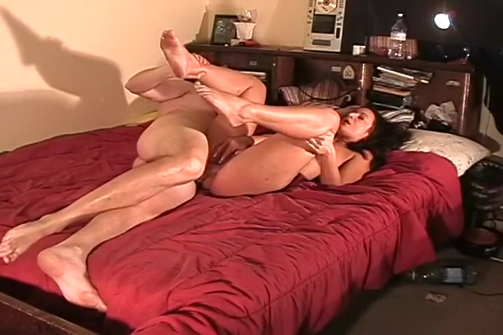 Hot Bodied Brunette Gets Cream Pied