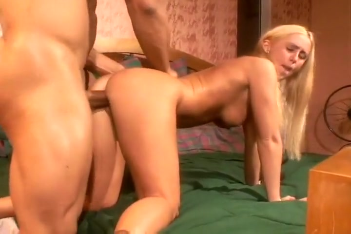 black cock slut takes it straight in ass