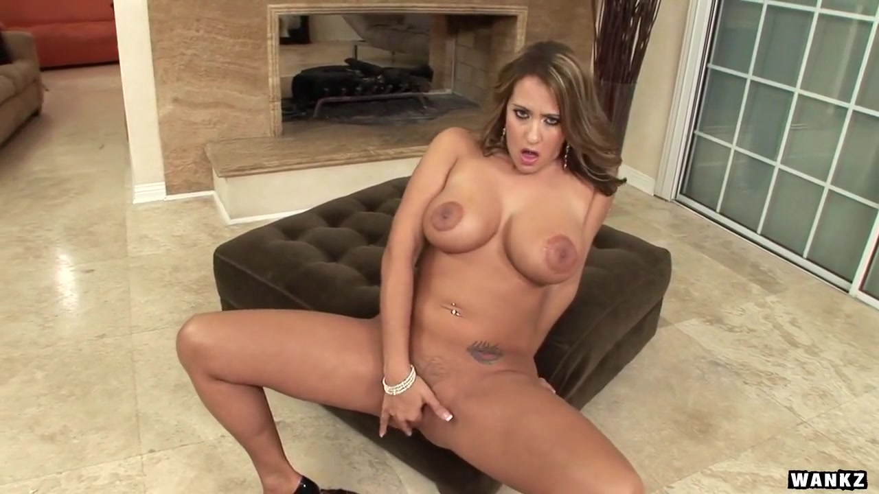 Trina Michaels Shows off Massive Tits