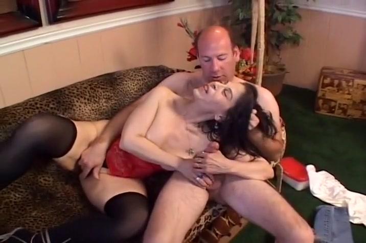 Chunky Latin Whore Gets Fucked