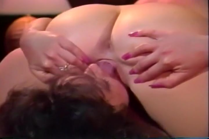 Lesibian Sluts Make Each Other Cum