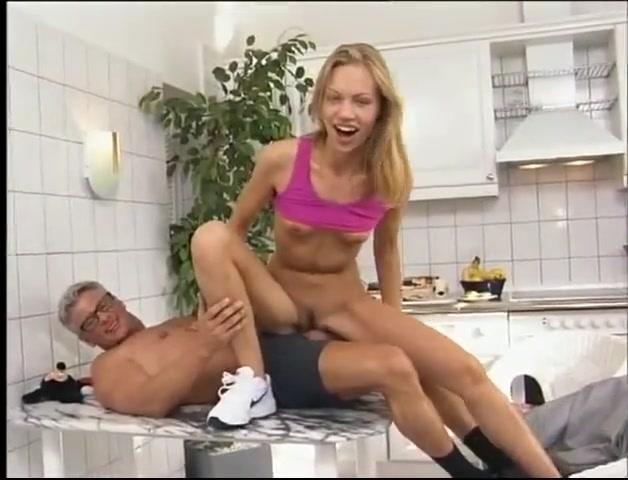 Cute 18yo german girl gets fucked