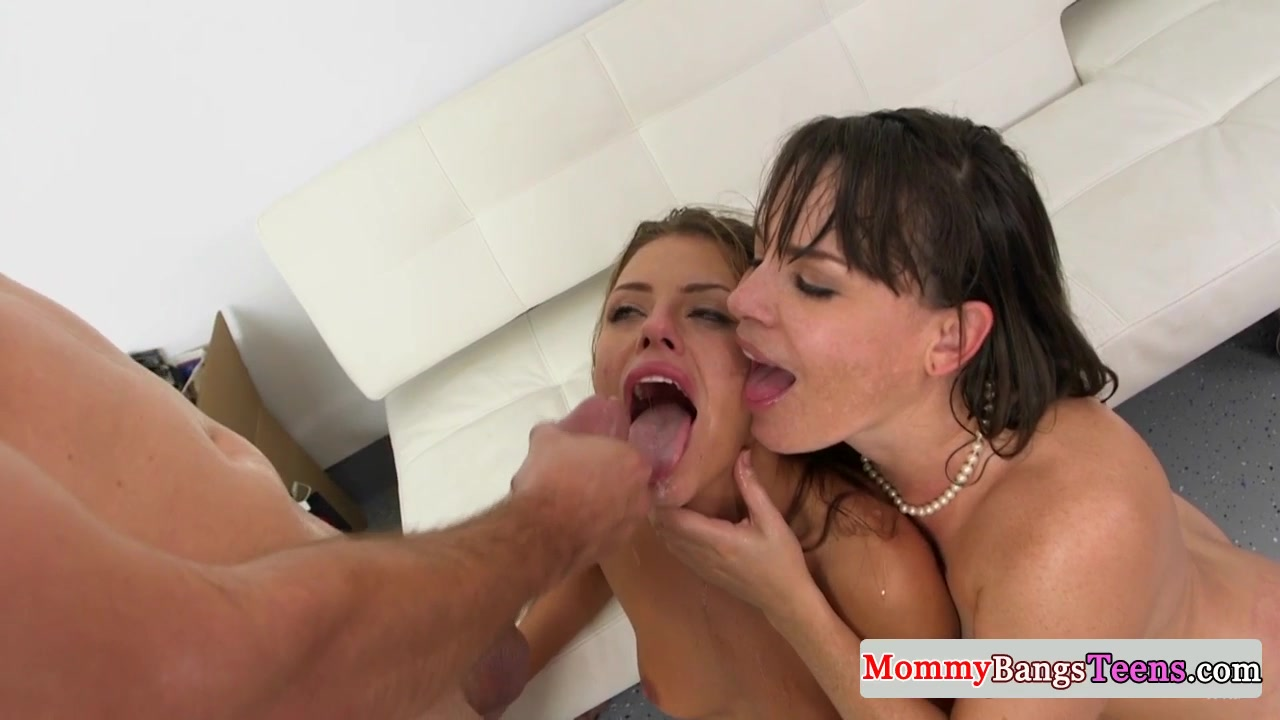 Cougar stepmom fucking and tugging in trio
