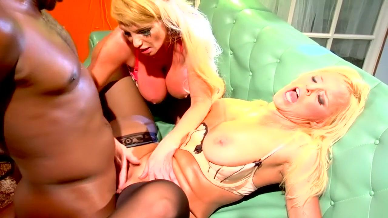 Best pornstars Taylor Wane and Alexis Golden in crazy blowjob, big dick adult video