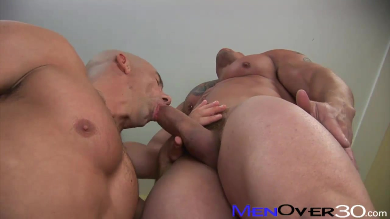 MenOver30 Video: School of Hard Brocks