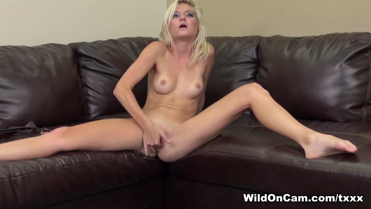 Chloe Foster in Chloe Foster Live - WildOnCam