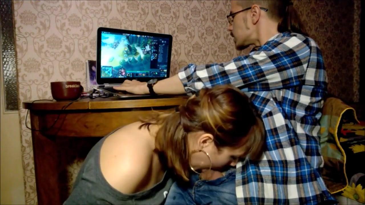 Blowjob and Dota 2  porno scene 45