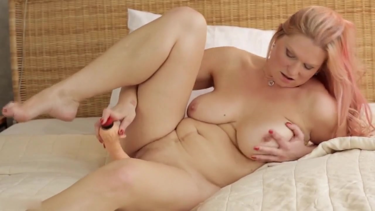 40 years old mature masturbation ...