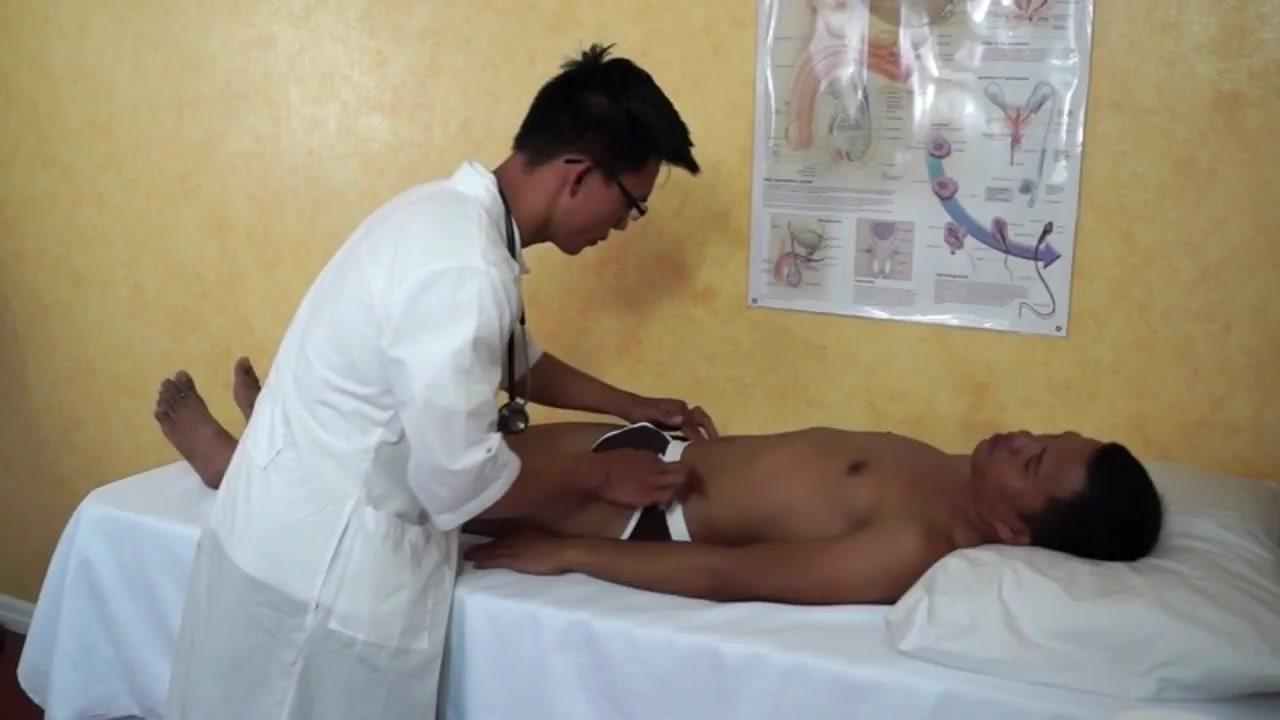 DoctorTwink Video: Suck Me Doc!