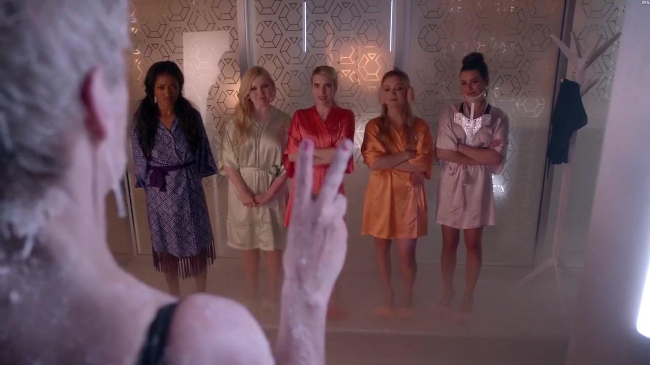Emma Roberts - Scream Queens S1 e01-e012
