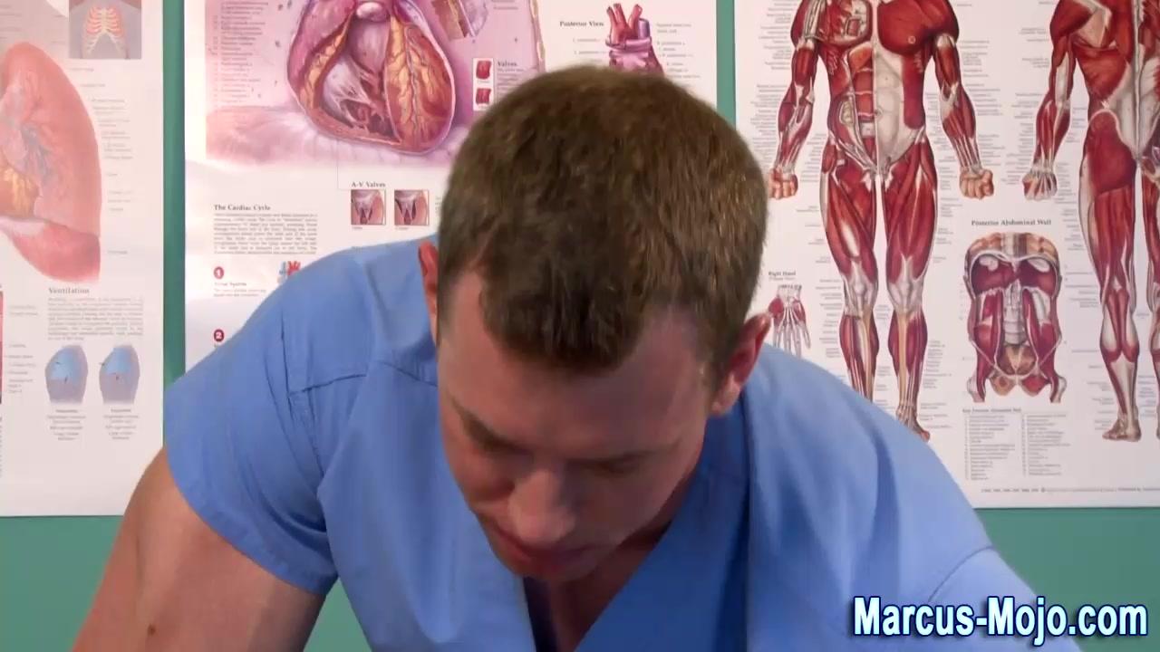 Pornstar muscly ass fingered