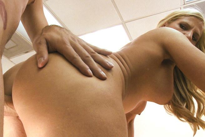 Body Building Milf