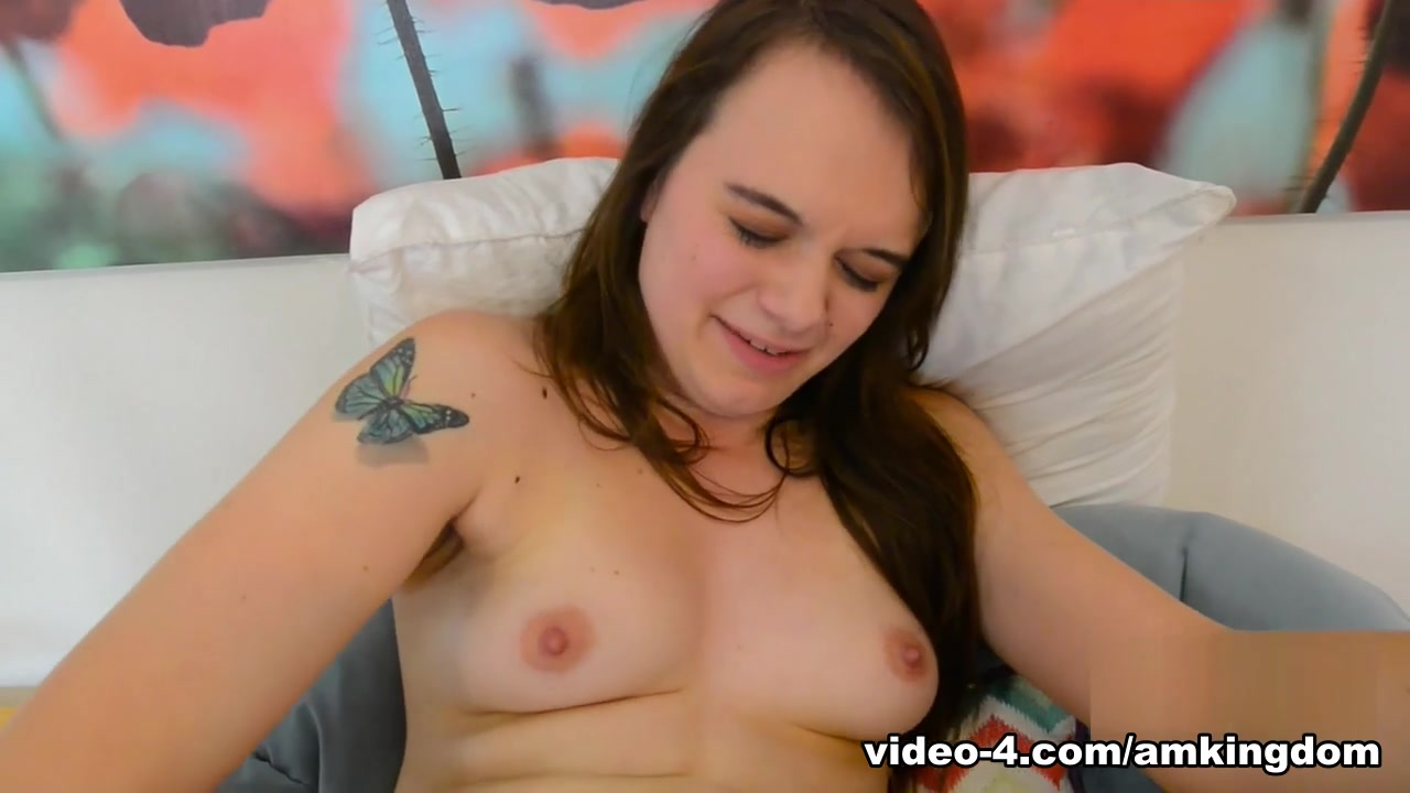 Emmy Lynn in Toys Movie - AmKingdom