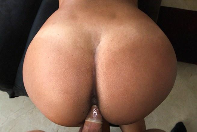 Big tit Colombian women love dick