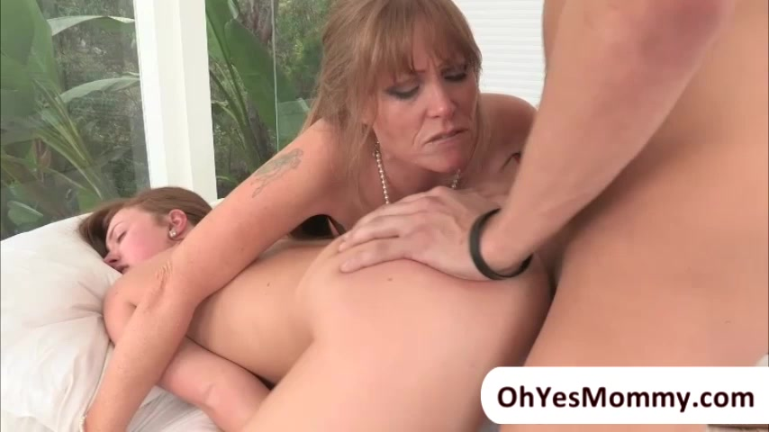 MILF Darla seduces a young guy and have threeway sex with Maddy