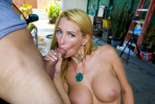 Horny blonde blake rose with pierced nipples giving blowjob