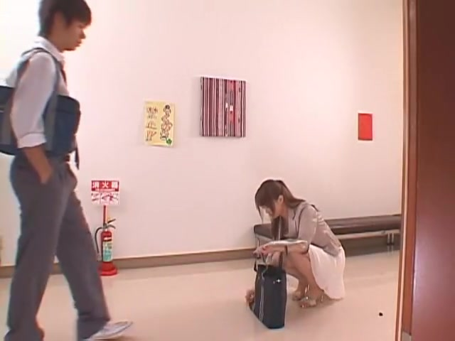 Akiho Yoshizawa in Beautiful Teacher Temptation