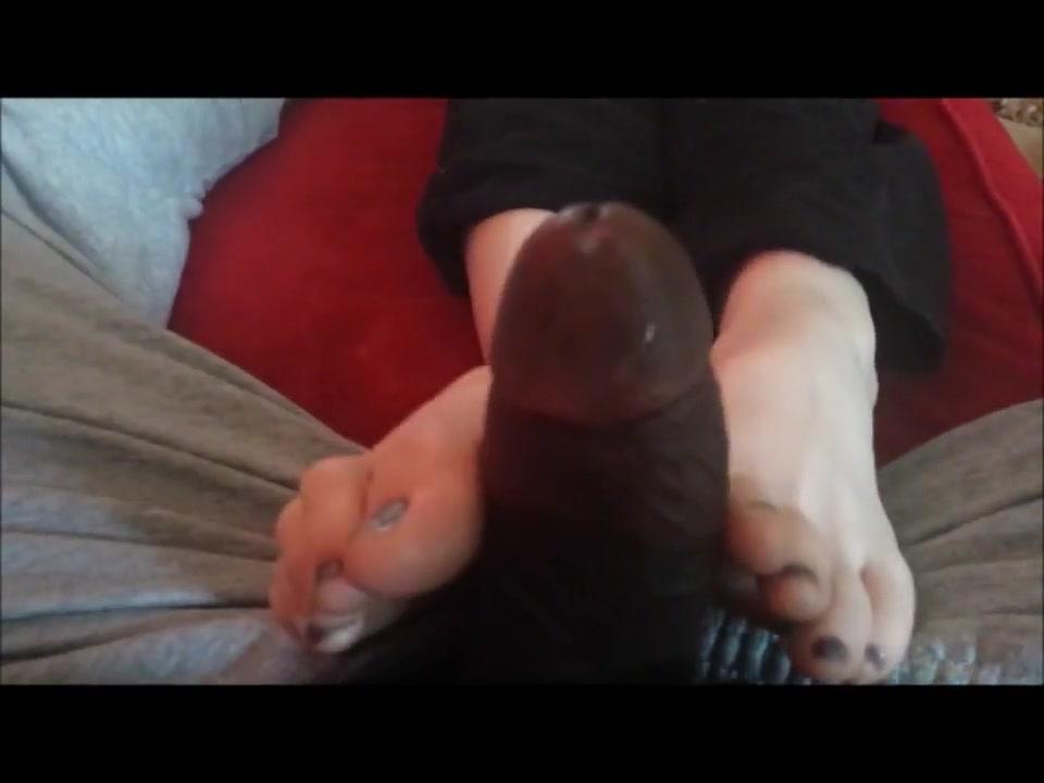 Footjob From Emo Girl Syd