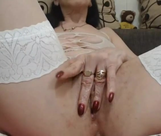 40 years old woman play with pussy