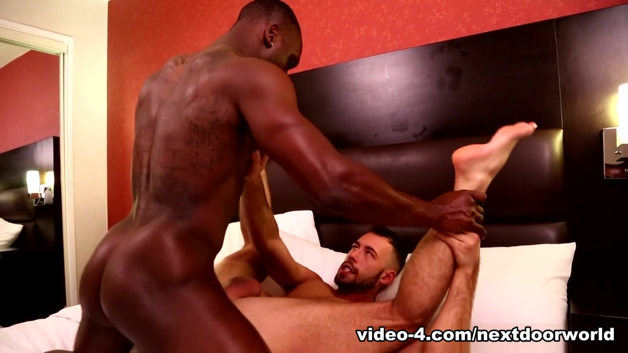 Brandon Jones & Leo Brooks in Sensual Enticement - NextDoorEbony
