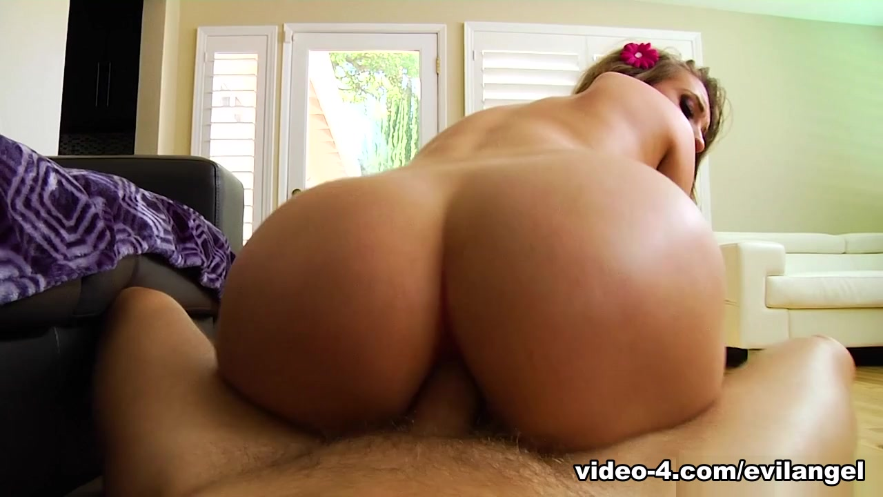 Harley Jade & Mark Wood & Le Wood in Natural 21YO Sodomized To Gaping - EvilAngel