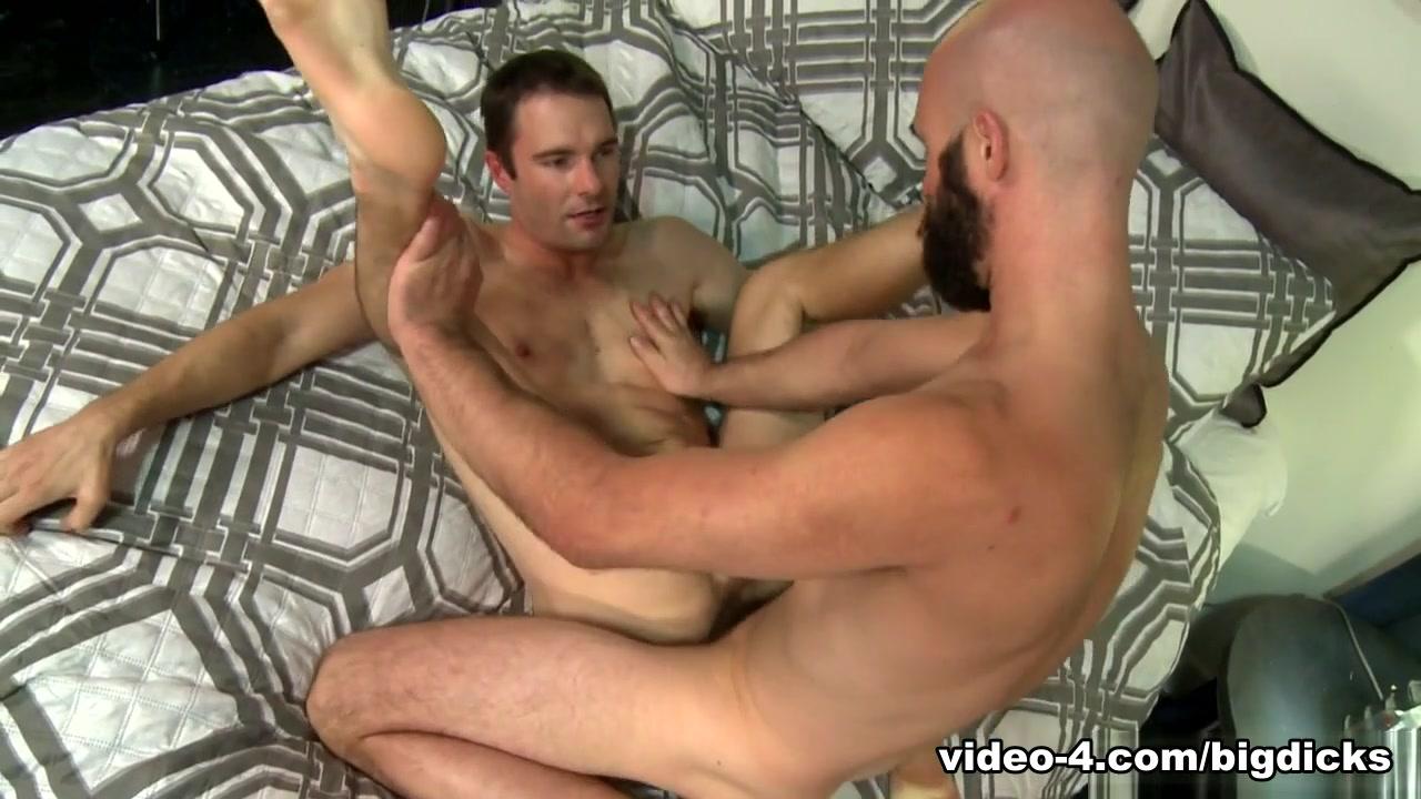 Cameron Kincade & Lex Ryan in Don't Keep Me Waiting Video - ExtraBigDicks