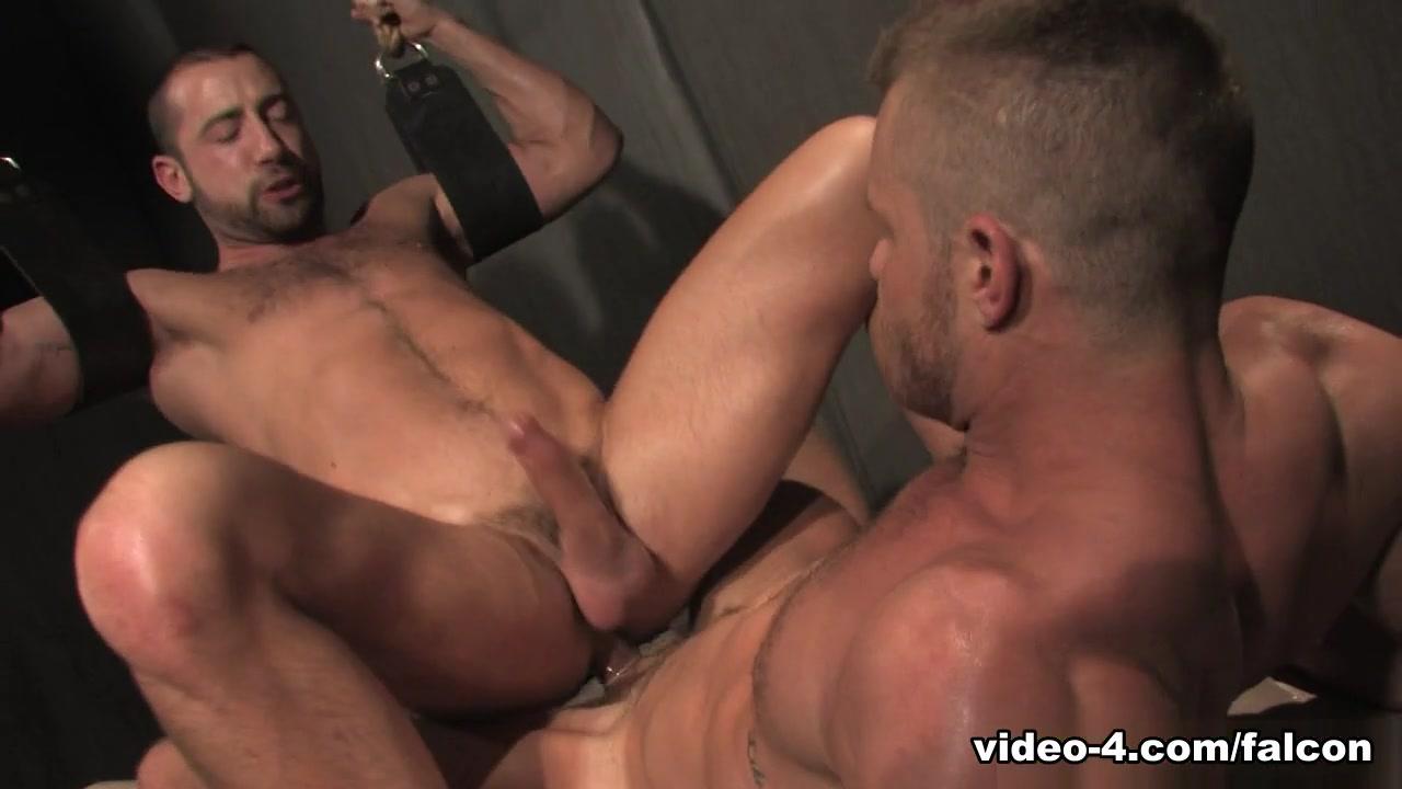 Hole 1 XXX Video: Landon Conrad & Donnie Dean - FalconStudios