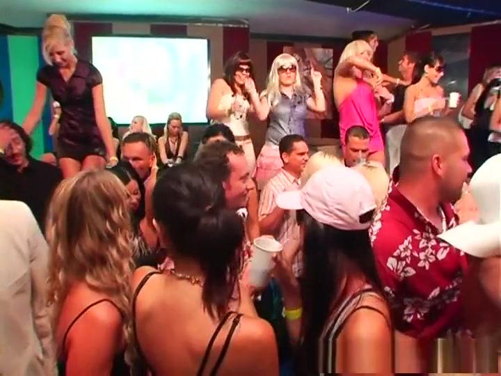 Exotic pornstars Mili Jay, Dunia Montenegro and Defrancesca Gallardo in fabulous group sex, blonde sex video