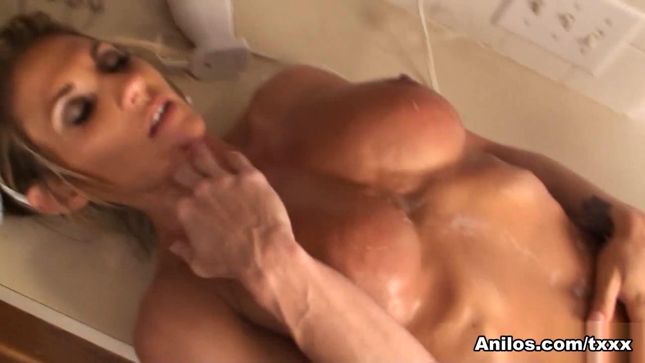 Lexus Smith in Big Wet Clit - Anilos