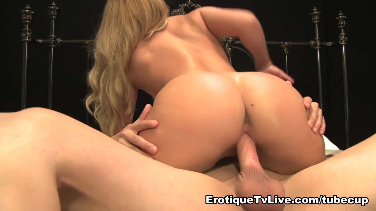 AJ Applegate Loves The Sex