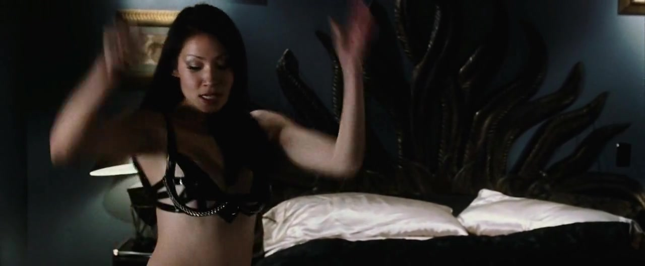 Lucy Liu in Payback[1999] (1999)
