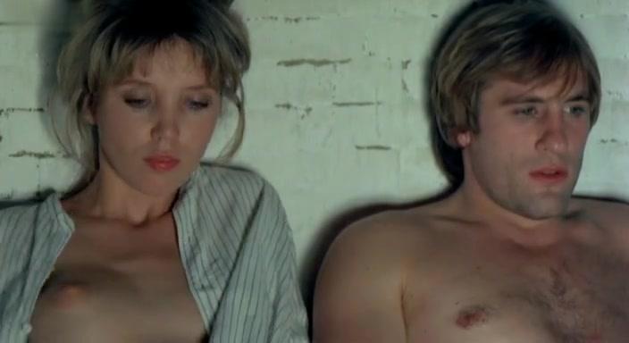 Abigail Clayton in Ciao Maschio (1978)